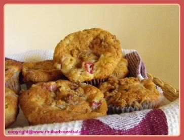 ... muffins with coconut streusel strawberry rhubarb streusel muffins
