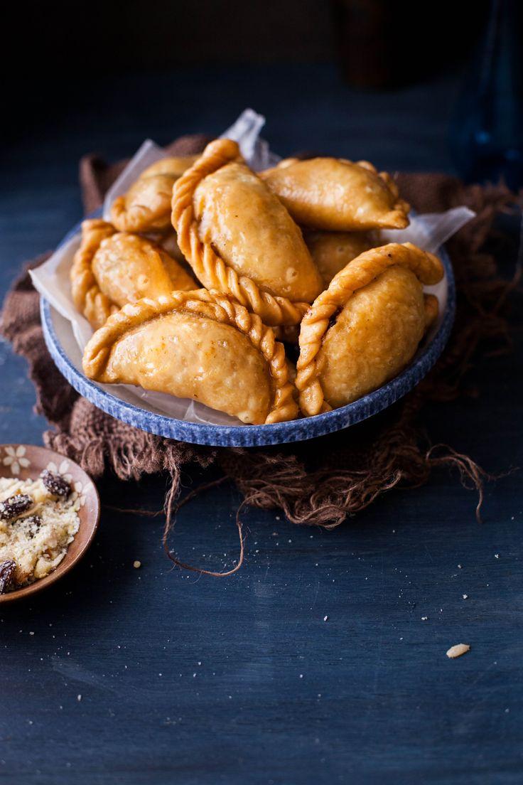 Mava Gujiya - Pastry With Coconut & Nuts filling @Tanvi | Sinfully ...