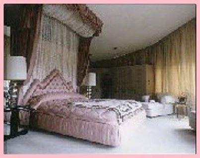 elvis 39 bedroom graceland elvis pinterest