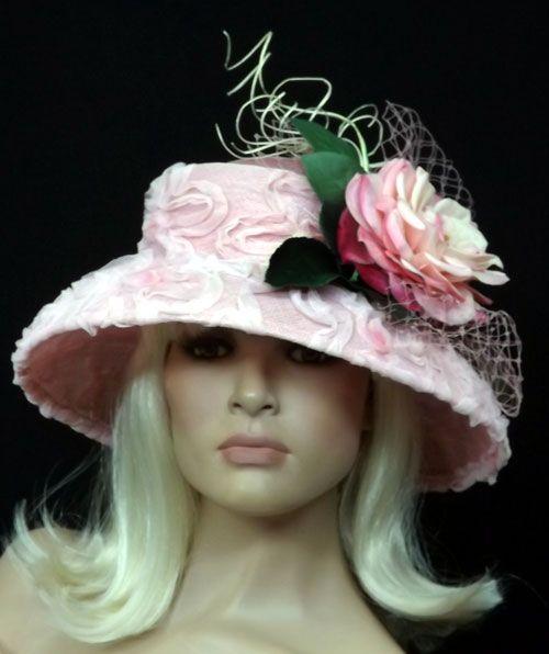 Дерби в Кентукки шляпы