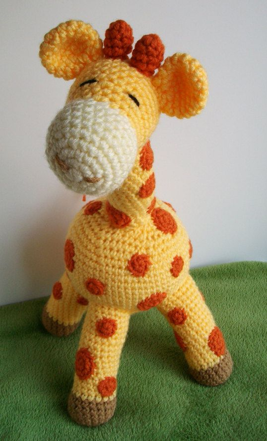 Crochet Patterns For Giraffe : Gilbert the Giraffe Crochet Pattern