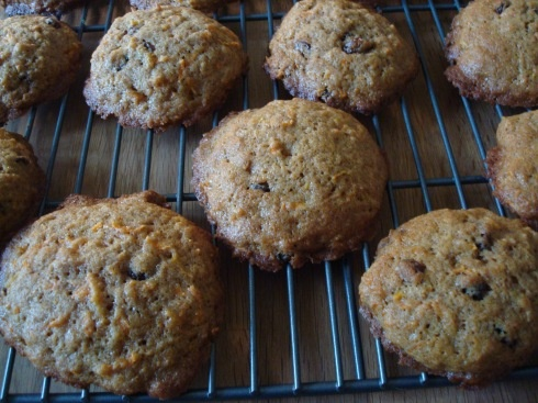 Inside-Out Carrot Cake Cookies   Baxter and Main Recipes   Pinterest