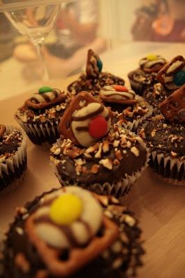 Chocolate Pretzel Cupcakes - The First Ganache ~ Cupcake Project