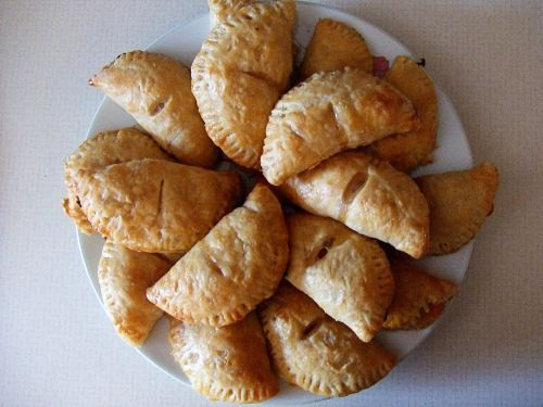 Bourbon peach hand pies | Favorite Recipes | Pinterest