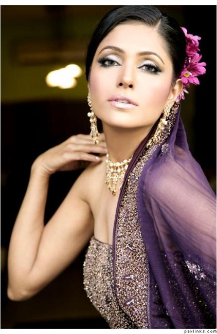 Bridal Makeup Lookbook : Pin by Carolyn Lindstrom on ??Purple?? Pinterest