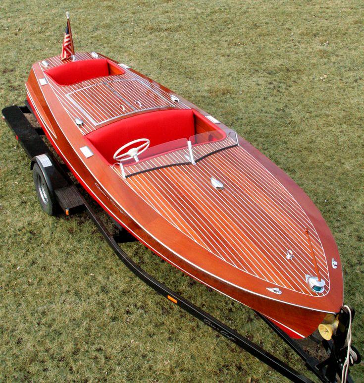 1954 19' Chris-Craft Racing Runabout