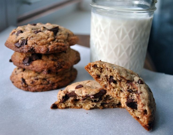 Puffy, Chewy, Crisp Chocolate Chip Cookies) - Three Many Cooks