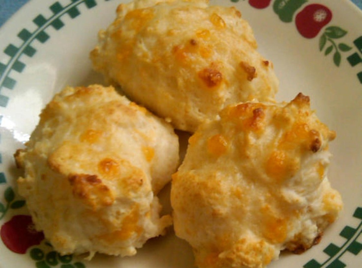 Cheddar Garlic Biscuits | Food To Try | Pinterest