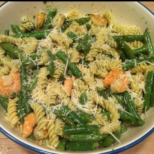 Pasta with green beans, pesto, and shrimp. Pinterest dinner success