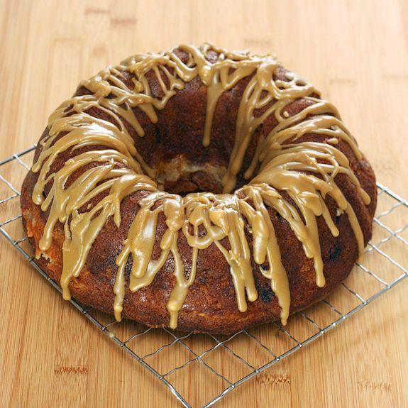 Apple Cream-Cheese Bundt Cake | Vegan Dessert Recipes | Pinterest