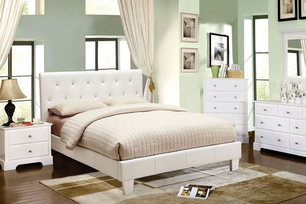 Platform Bed with Diamonds 600 x 400