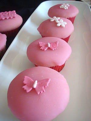 quick pour icing | Cupcakes | Pinterest