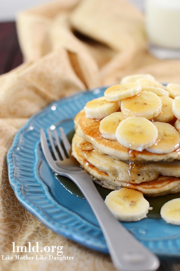 Easy and delicious banana pancakes make a great #breakfast #lmldfood