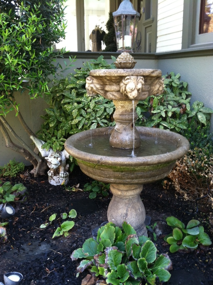 Front yard lion head fountain garden ideas pinterest for Front yard fountains