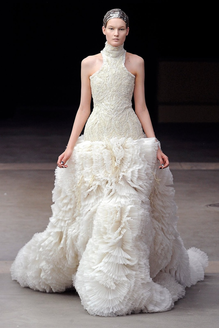 alexander <b>mcqueen</b> fall 2011 designed by <b>creative</b> <b>director</b> <b>sarah</b> <b>burton</b>