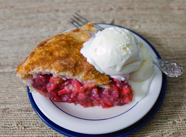 Strawberry Rhubarb Pie | Inspiring Ideas | Pinterest