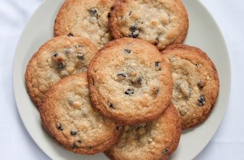 Blueberries and Cream Cookies – Momofuku Milk Bar