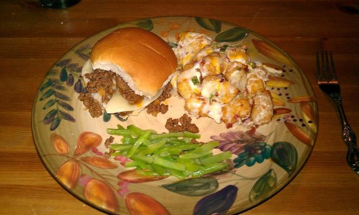 philly cheese steak sloppy joes w/ irish nachos