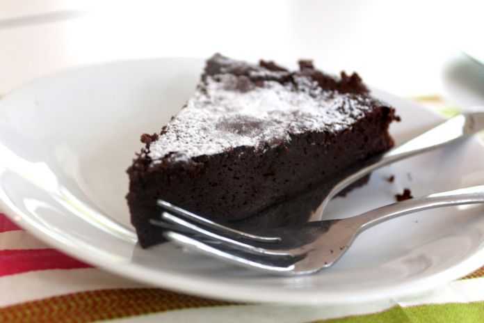 Flourless Chocolate Cake | let me eat cake | Pinterest