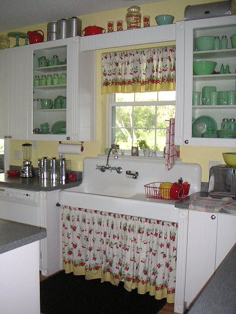 love this cute cottage kitchen - yellows, reds and lots of jadeite: by barnlights on Flickr