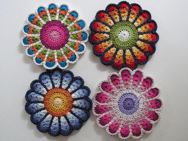 Crochet Flower Potholder Pattern : Flower Potholders crochet ideas Pinterest