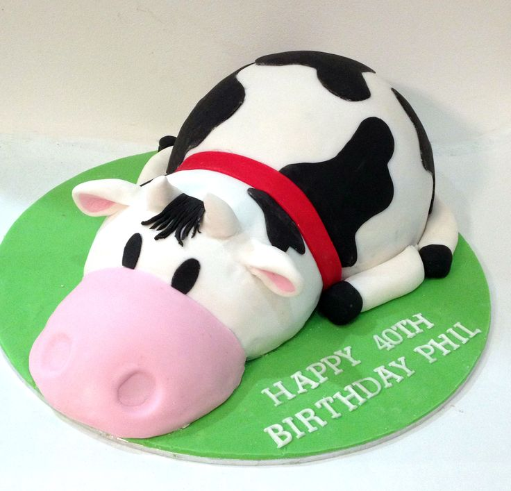 3D Cow Cake Like us on www.facebook.com/melianndesigns ...