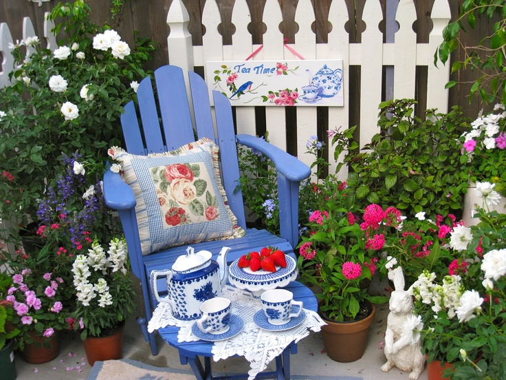 When I drink a delicious cuppa tea I feel as if I'm sitting in this beautiful garden. Come join me in a cup.