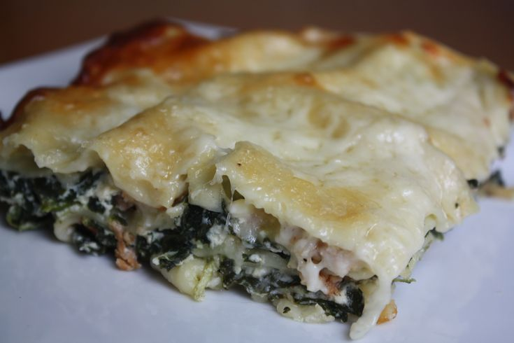 White Garlic Lasagna - with italian sausage and spinach