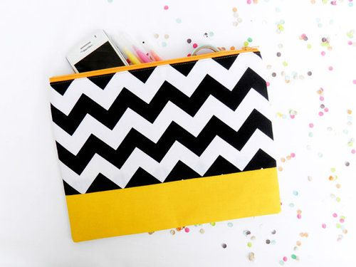 Neon XL zipper pouch geometry color by Pamplemouss.