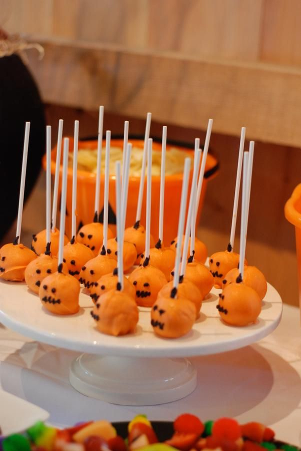 halloween baby shower ideas cake pops pinterest