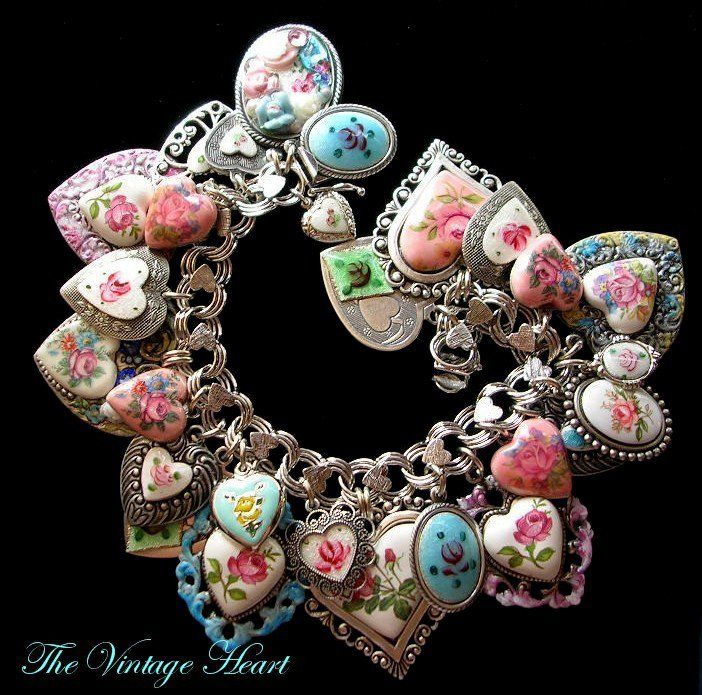 Enamel heart bracelet