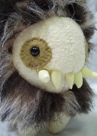 hairy monster | Felt Monsters - Craft ideas for young boy | Pinterest