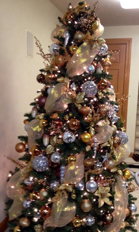 Pin by paula hadden on christmas ideas pinterest for Silver and gold christmas tree theme