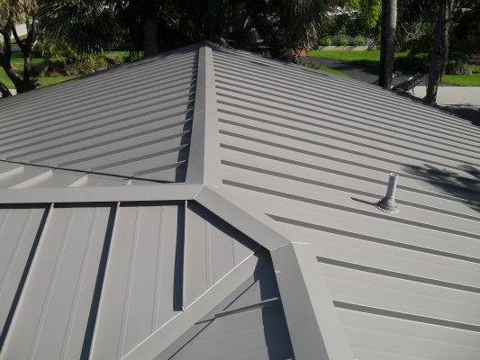 Best Slate Gray Colored Galvalume Metal Roof Addition On The 400 x 300