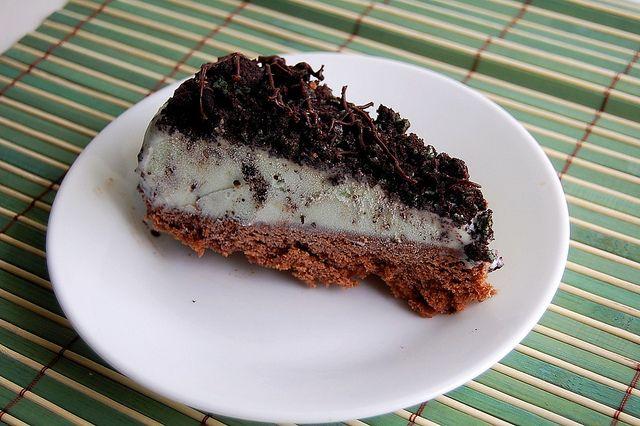 mint chocolate chip ice cream cake. | deserts | Pinterest