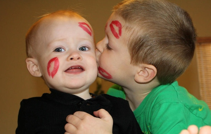 valentine's day kiss day sms