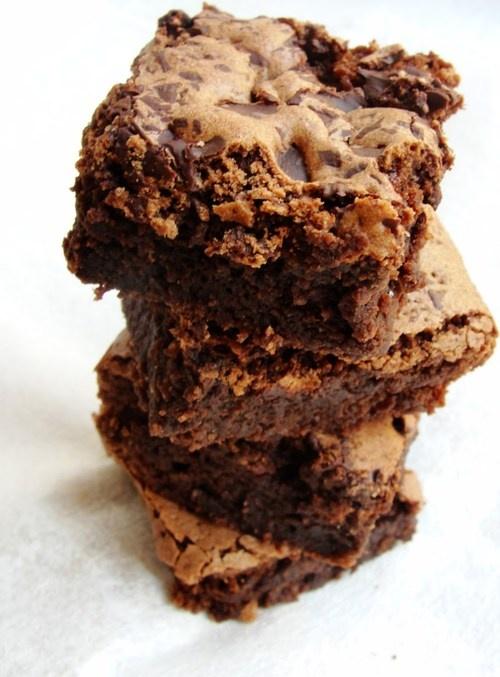 Cinnamon Almond Brownies | cookies and bars:) | Pinterest