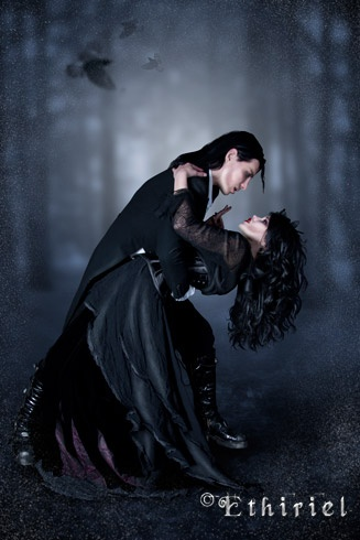 Gothic Love couple Wallpaper : Pin by Jo Timms on Vampire & gothic Pinterest