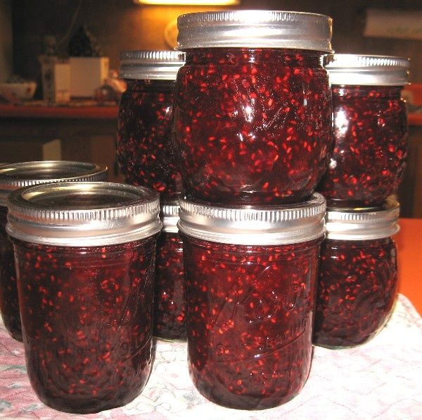Pineapple-Raspberry Jam Recipe — Dishmaps