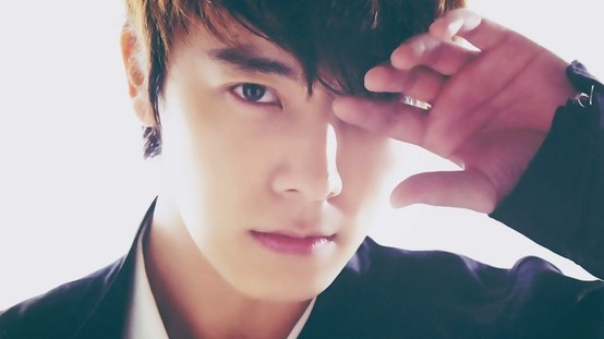 aaaaaaak, this pic of donghae makes me melting
