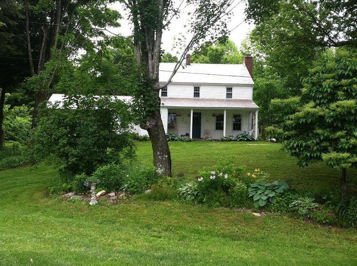 I love old farmhouses Farmhouses