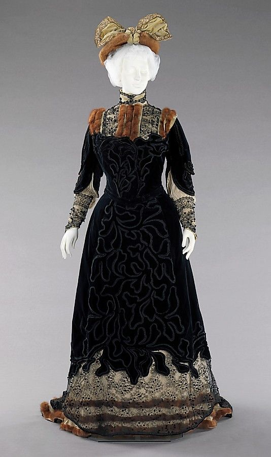 Madame Virot silk and fur afternoon  emsemble 1898-1900