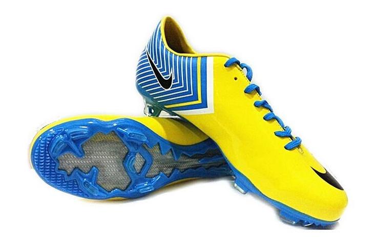 latest nike soccer cleats 4e3c877a4c397eb3f47cc13dda61a50f