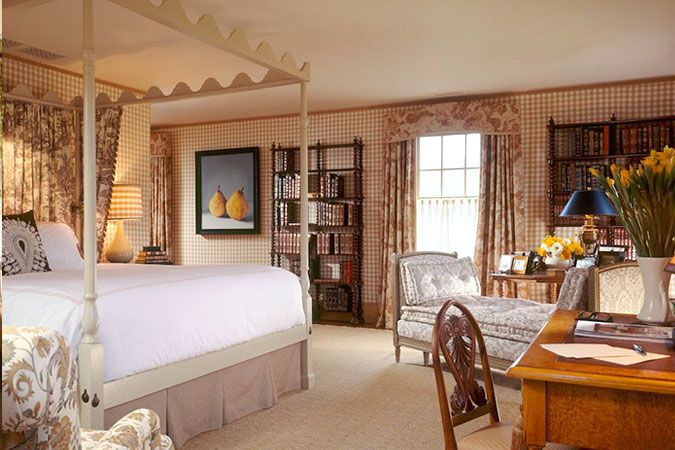 Country House Bedroom Classic Styles In Home Decor Pinterest