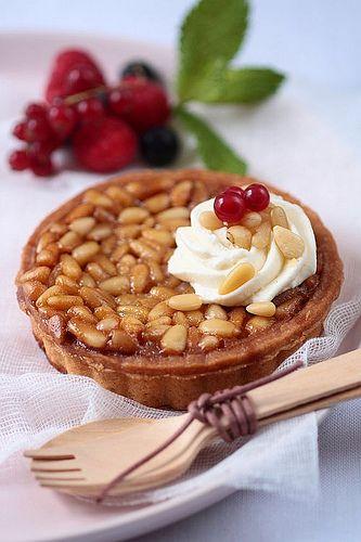 Pine nut tartelette | Tartelette | Tartes et Clafoutis | Pinterest