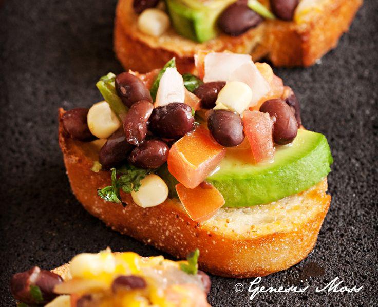 Southwest Style Bruschetta | Party Food - Finger Food | Pinterest