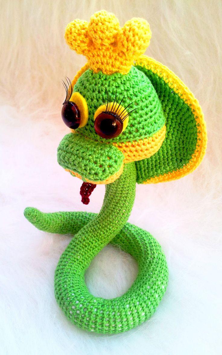 Amigurumi Queens : Crochet SNAKE queen amigurumi PATTERN handmade green ...