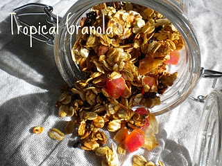 This granola recipe is WAY healthier than store-bought granola and ...