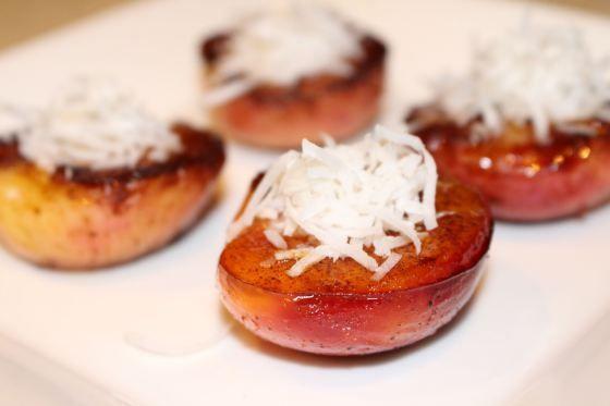 Honey Cinnamon Grilled Peaches
