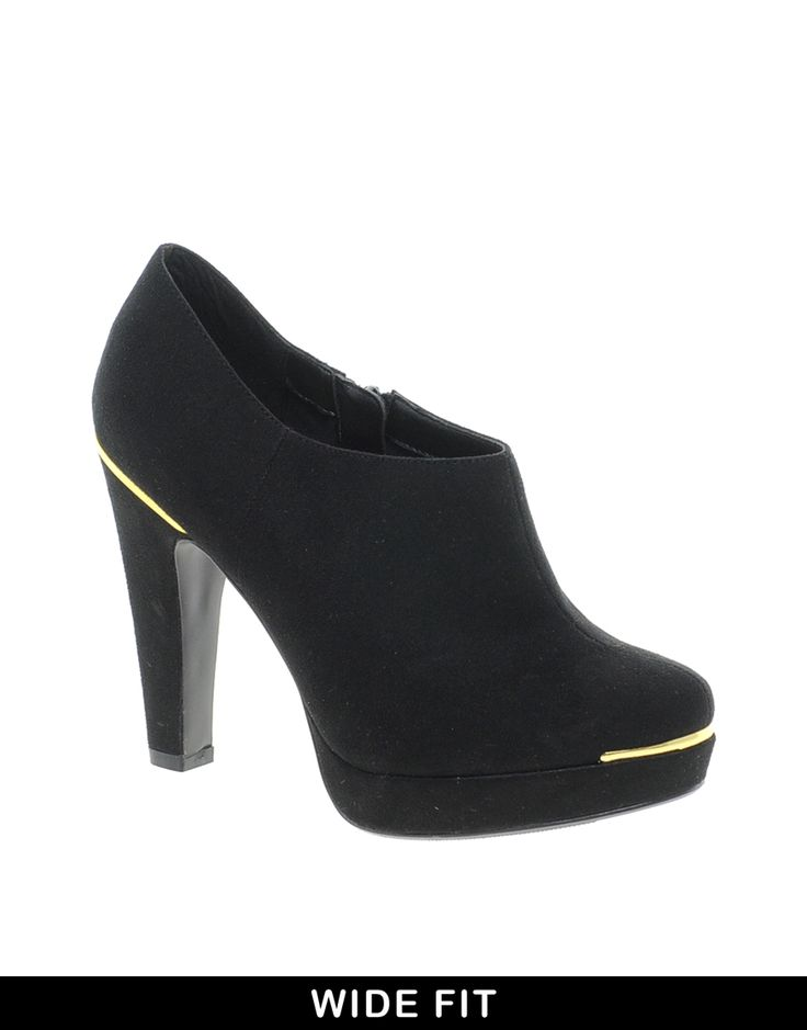 new look tip shoe boots